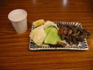 地鶏の炭火焼(450円)